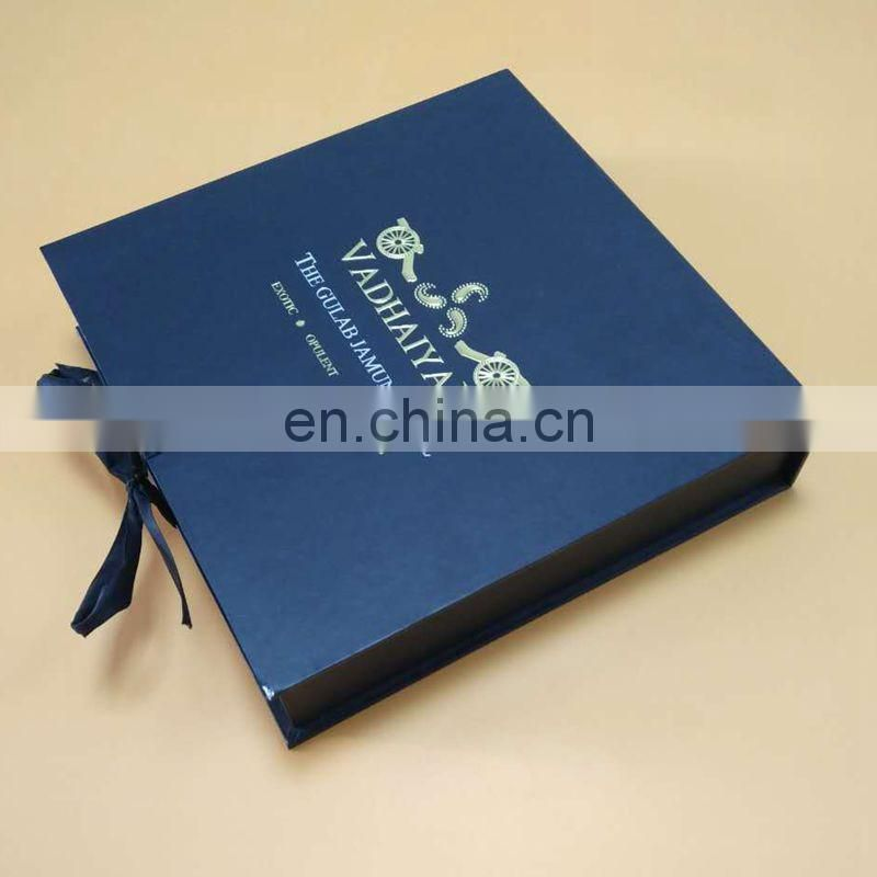High-Grade Wooden Chocolate Box For Wedding Invitation