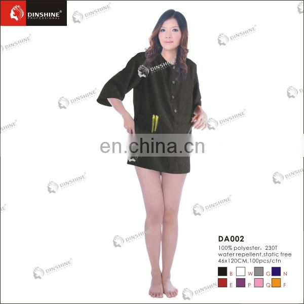 Salon hairdresser with snaps large sleeveless nylon smock