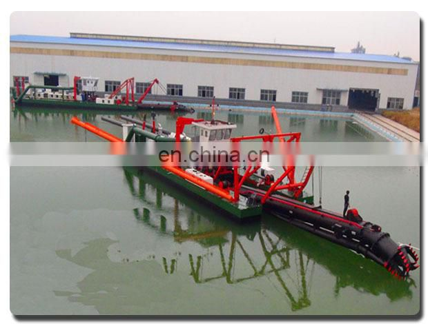 Sand suction dredging boat with hydraulic powered cutter