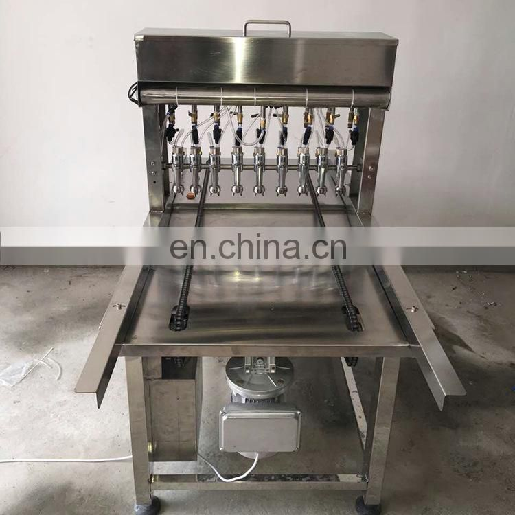 Bread Tray Oil Spraying Machine /Automatic Cake oil spraying machine