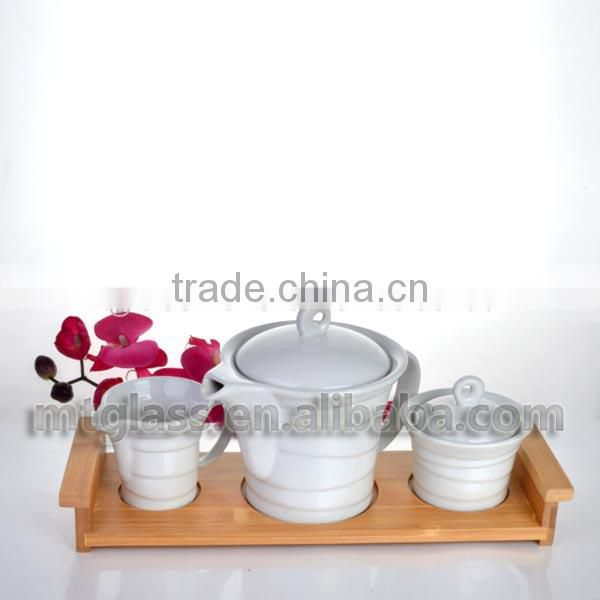 Food grade white ceramic porcelaine chinese tea coffee cup and pot set for dinner with wooden holder