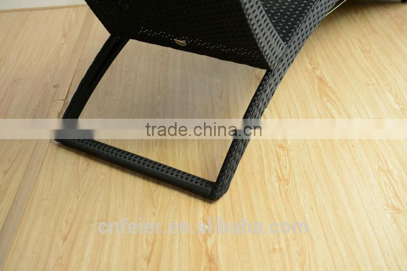 2014 hot sell oval wicker outdoor lounge furniture