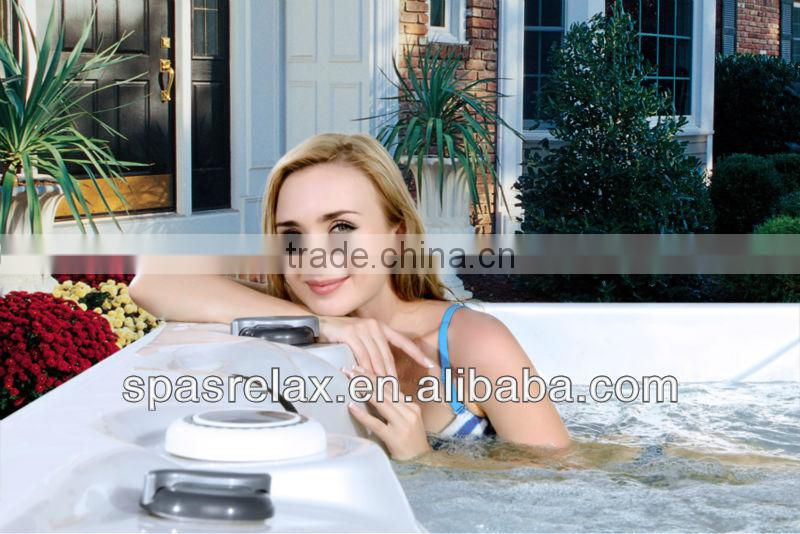 Popular in Europe and Australia S600 Outdoor Family Acrylic Spa Jacuzzy