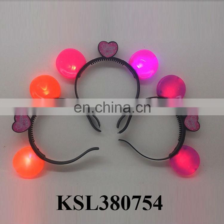 Beautiful hairpin flash toy