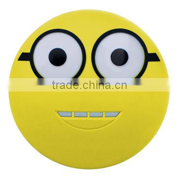 Cute smile face 5600mAh portable power Bank