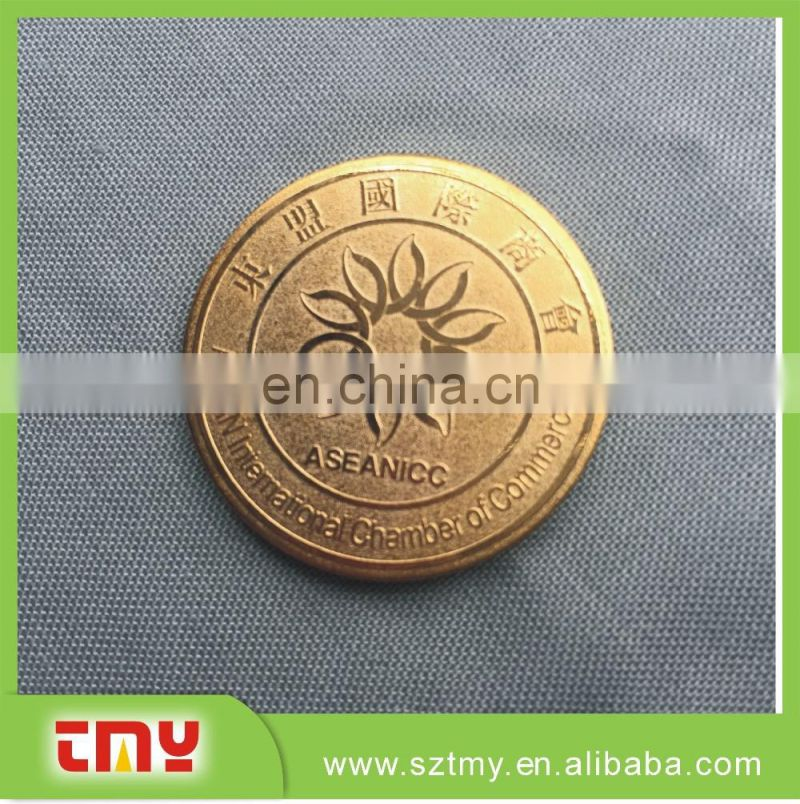 China manufacturers custom made metal lapel pin with free sample
