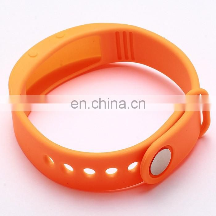 Golden Supplier Design Your Own Silicone Bracelet Wholesale Price Colorful Smart Health Bracelet