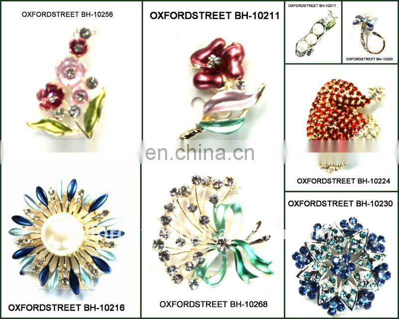 Hot selling creative design brooch for christmas