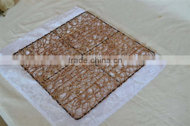 Eco-friendly rattan insulation mat for table, heat protection