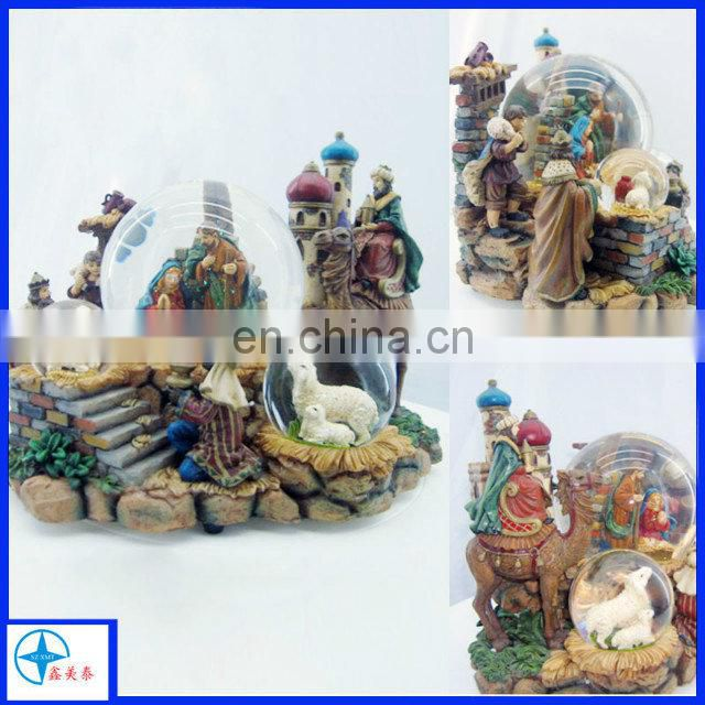 hot sale resin craft with a family reunion for souvenir