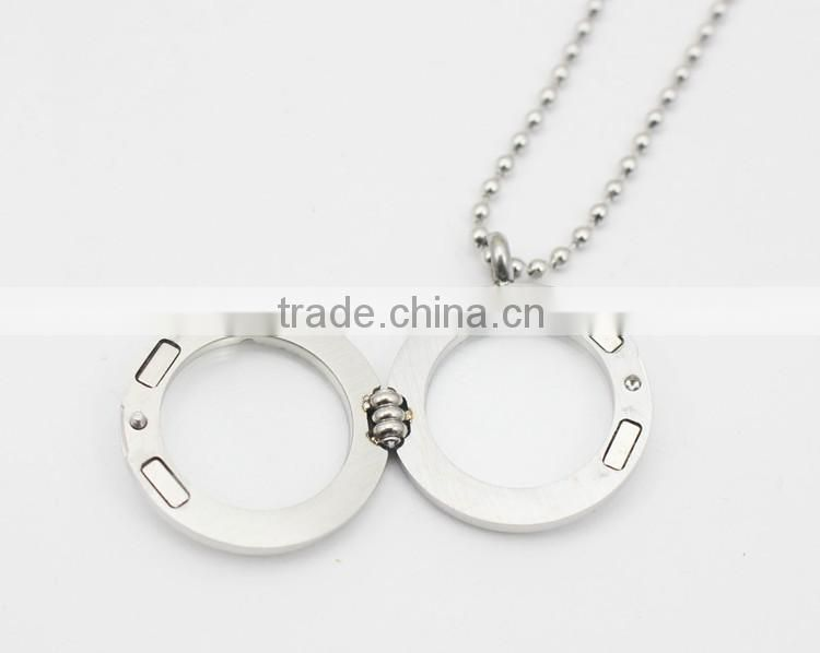 Stainless Steel Round Shape Photo Frame Pendant Necklace With Diamonds
