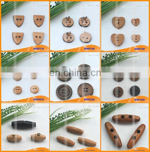 Fashion Natural Wooden Horn Toggle Button for Garments BN8109