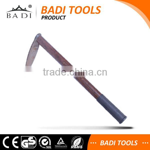 cheap price mini small wood handle hand garden pickaxe