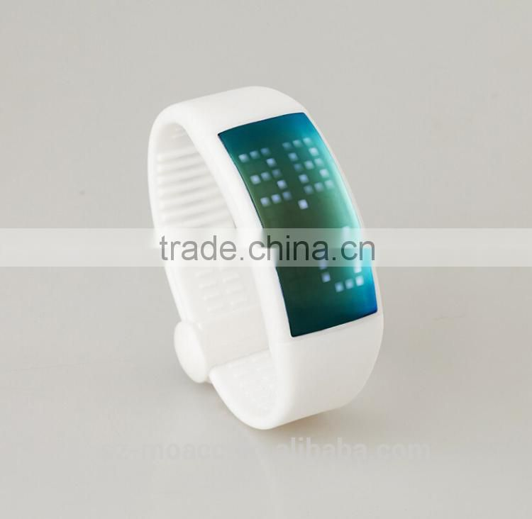 New design 3D top smart bracelet woman with usb pedometer