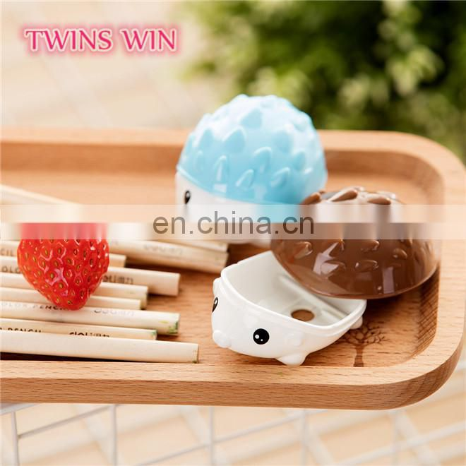 yiwu latest new stationery products for school office popular use funny hedgehog shaped manual pencil sharpeners