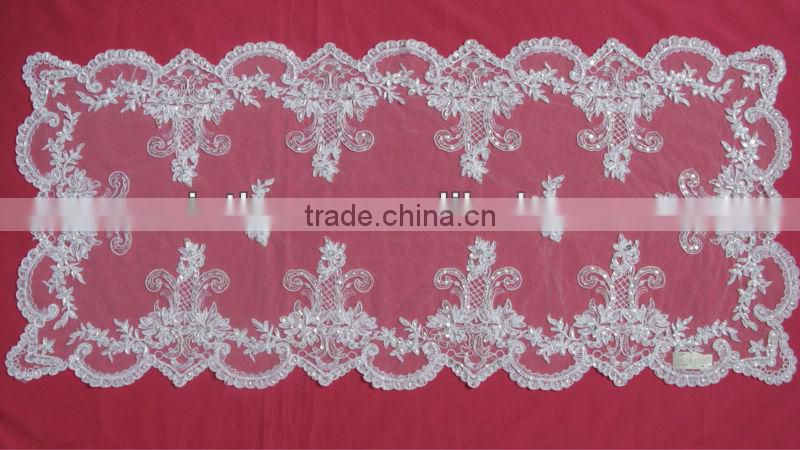 Guangzhou Wedding Tablecloth WIth Beads And Cord White