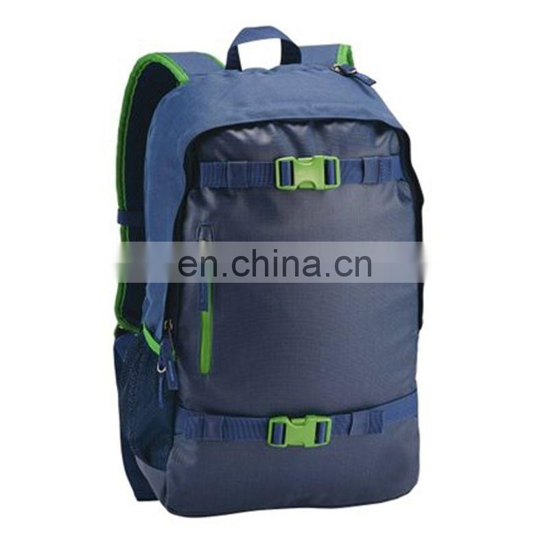 Stylish carry backpack for skateboard 2015