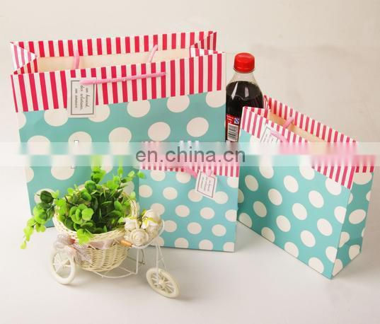 2015 fashion pink color small paper packing bag for sweet candy
