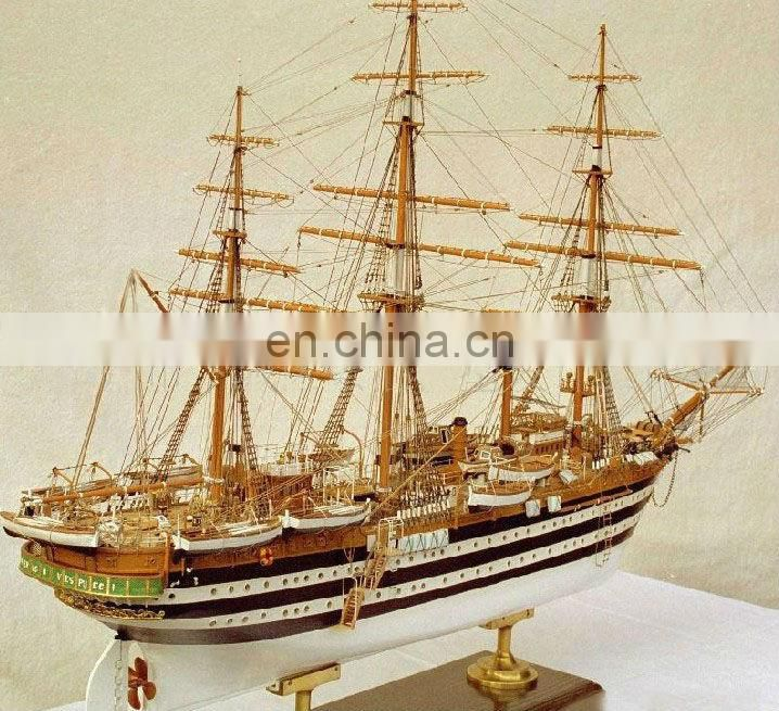 Chinese Manufacturers Can Customize for Art Collection Wooden Sailing Models