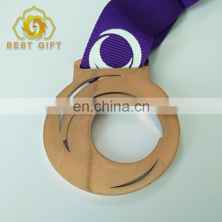 2017 High Quality Customized Plating Purple Sport Medals With Ribbon
