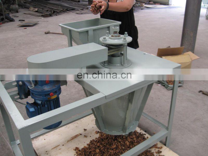low price walnut crushing machine for sale