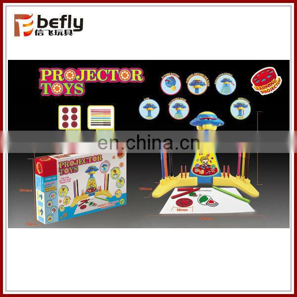 2015 latest mini projector toy with writing board