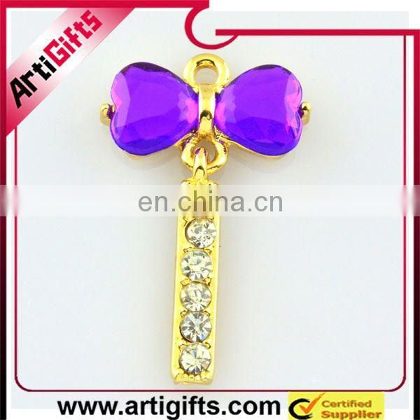 Beautiful hang chain with new bra design
