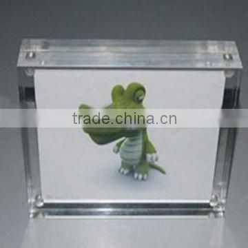 """L"" shape pmma /plastic tabletop cheap photo frame/picture display stand"