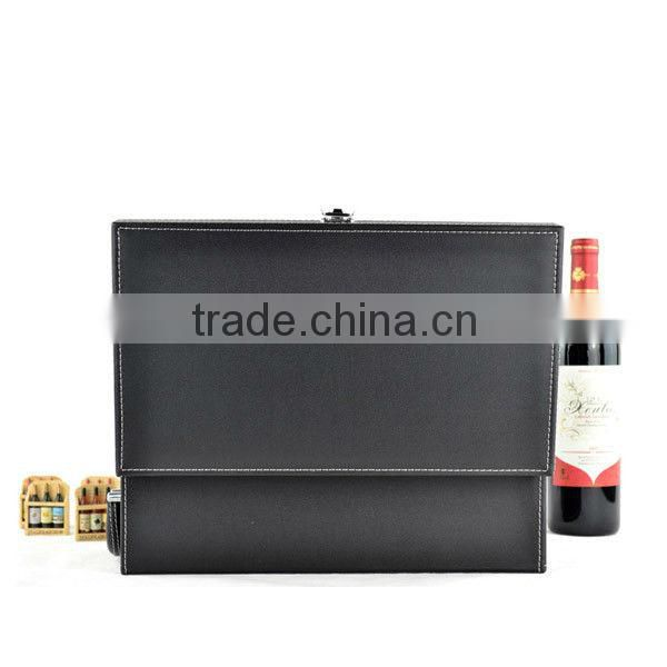 Promotional wine accessory set