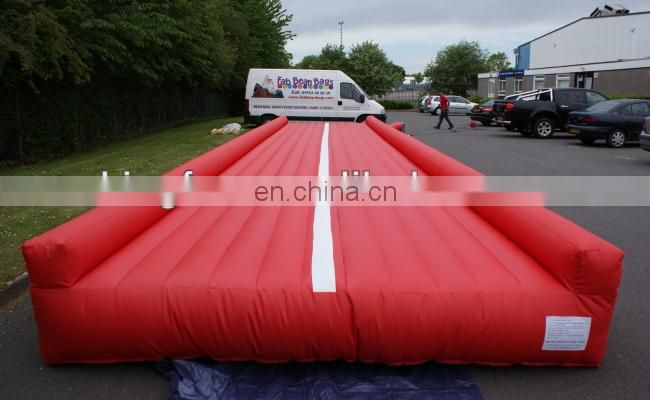 2013 adult playing inflatable tumble track
