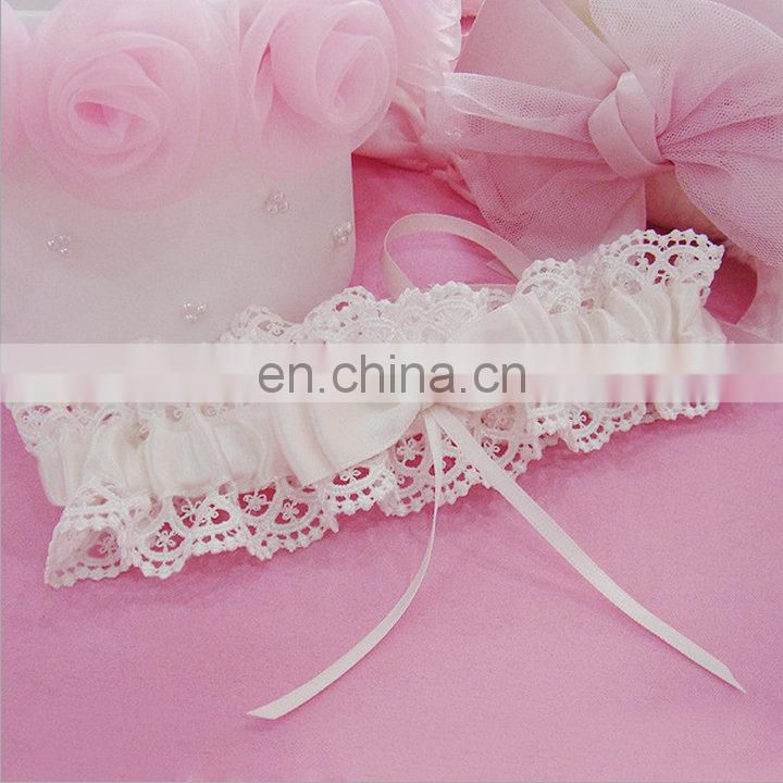 Handmade Elegant Ivory Satin Lace Wedding Garter Bridal Cream Toss Garter Lace Prom Garter Wedding Props Accessories