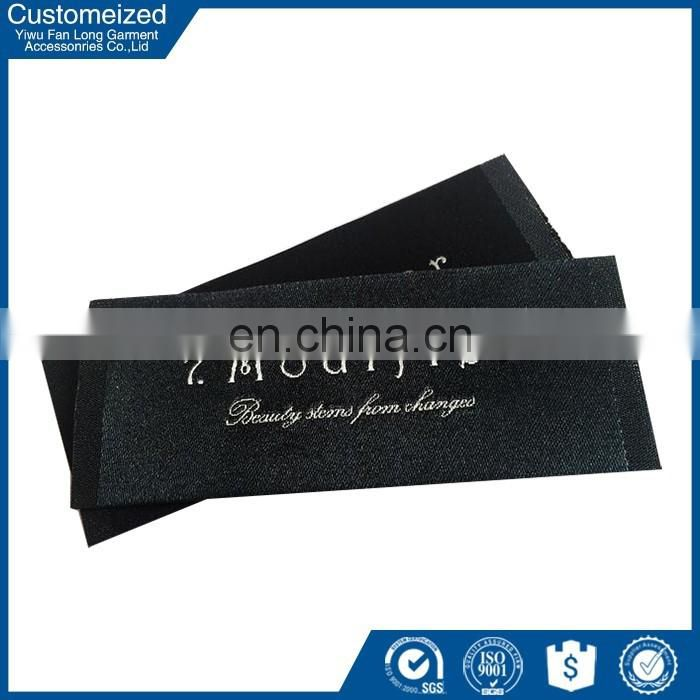 2016High quality Customized Design Recycled fashion accessory labels