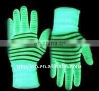 Best selling christmas item glow in dark luminous gloves