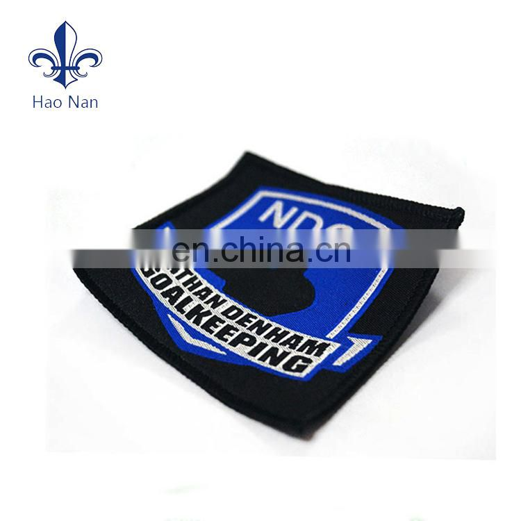 Beatiful wholesale cheap customized popular clothing woven label