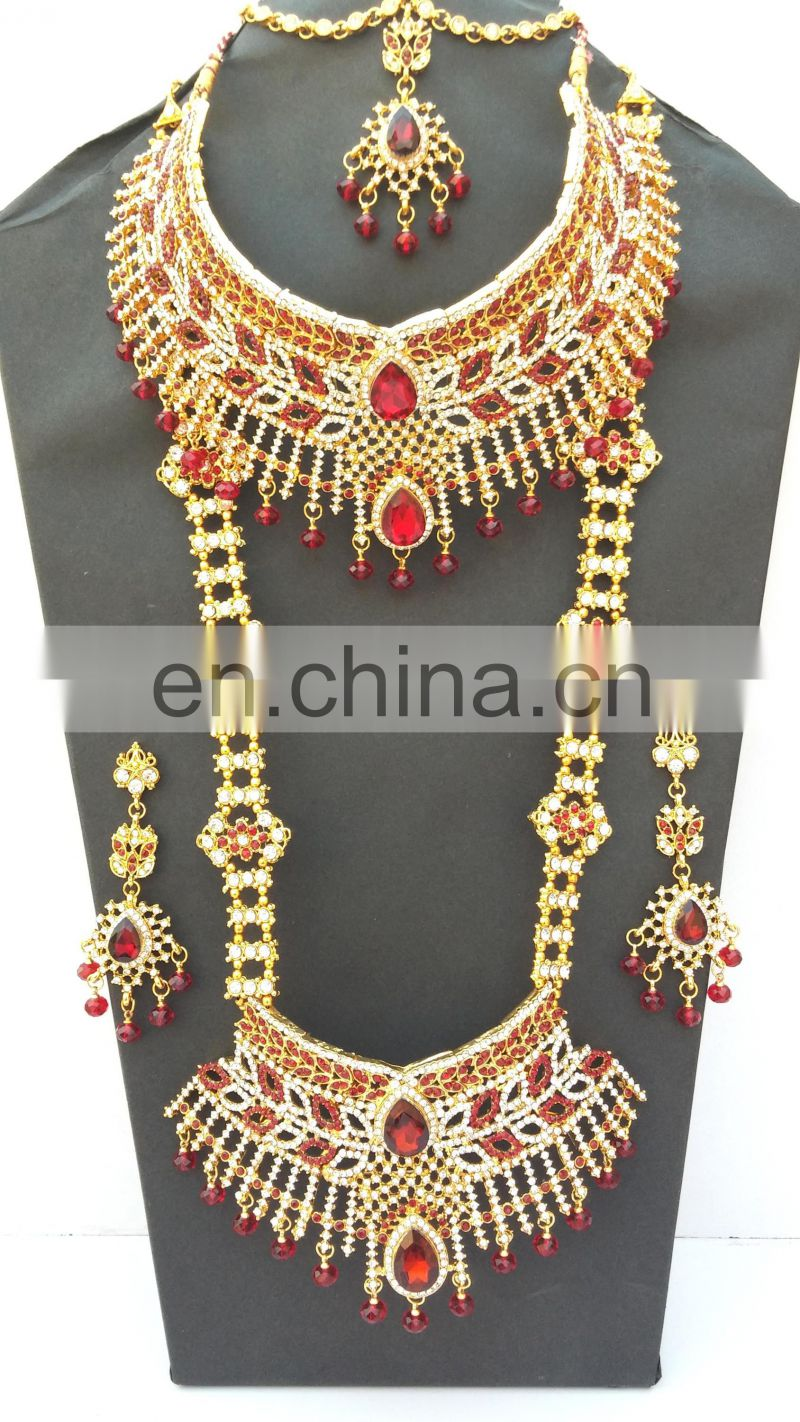 Beautiful Indian Style Colorful Dark Red Pearl & Gold Raani Necklace with Earring Tikka