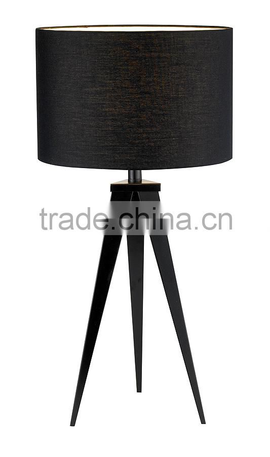 11.21-16 poly cotton drum shade black metal tripod base Director Table Lamp like a camera