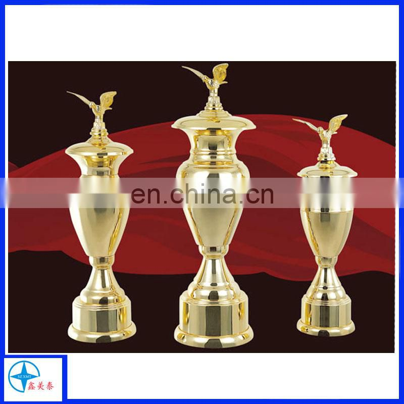 the three size manufacturer to produce medal trophy