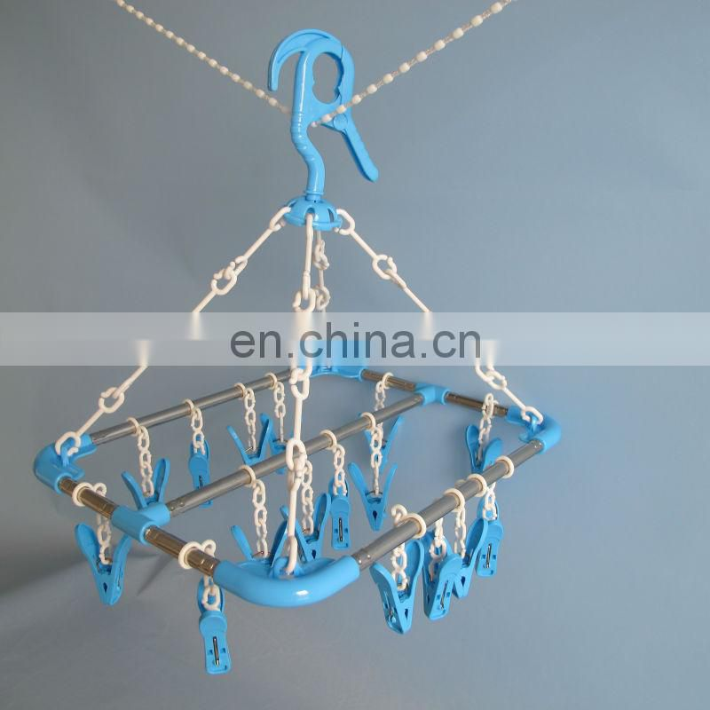 Qualified plastic hanger manufacturer