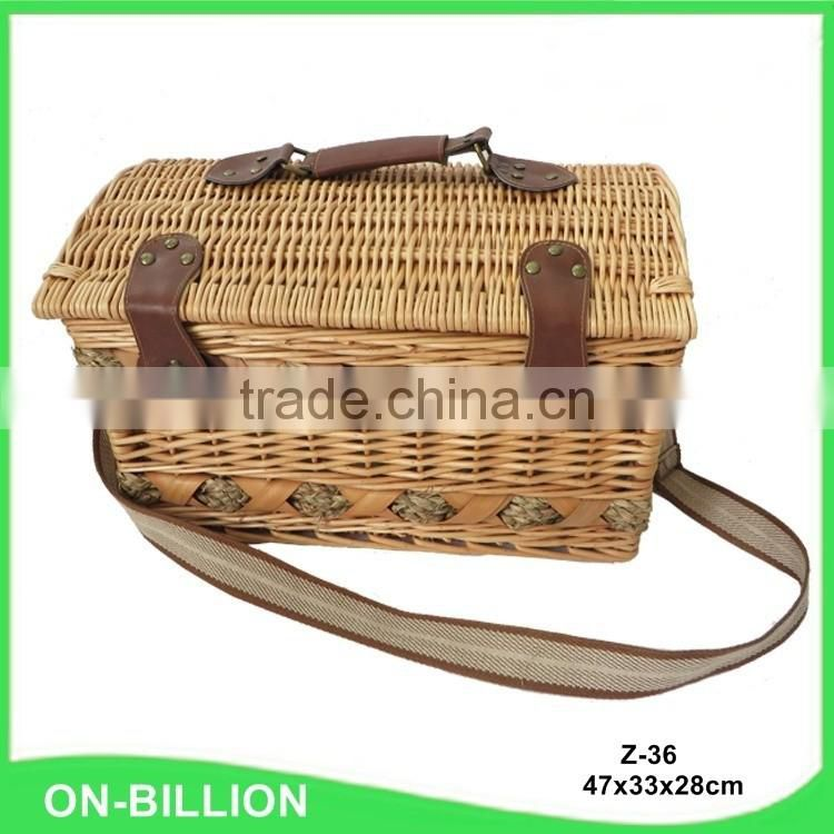 Wholesale luxury wicker picnic basket with lid
