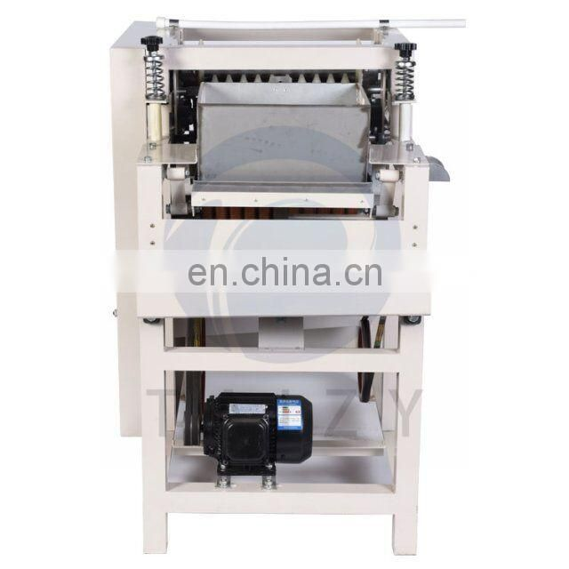 high peeling rate soaked peanut /almond wet peeler/peeling machine
