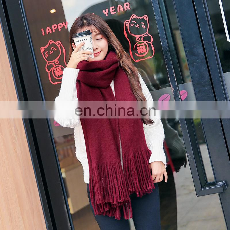knitted scarf 220*50cm with 2*10cm fringe 2017 new design woman scarf knitting pattern plain scarf