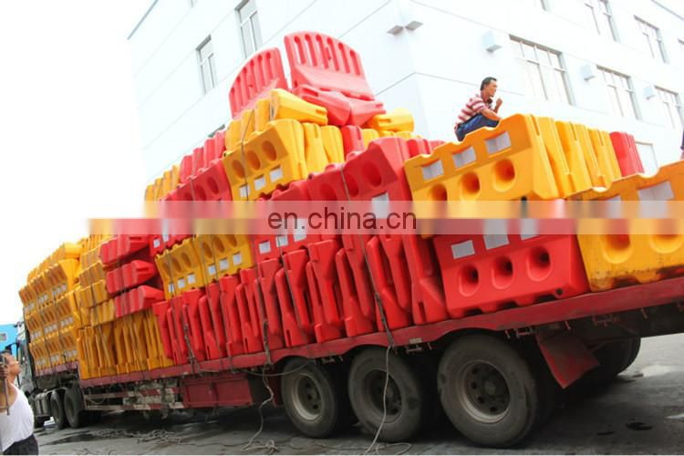 New Plastic Reflective Water Filed Safety Plastic Road Barrier