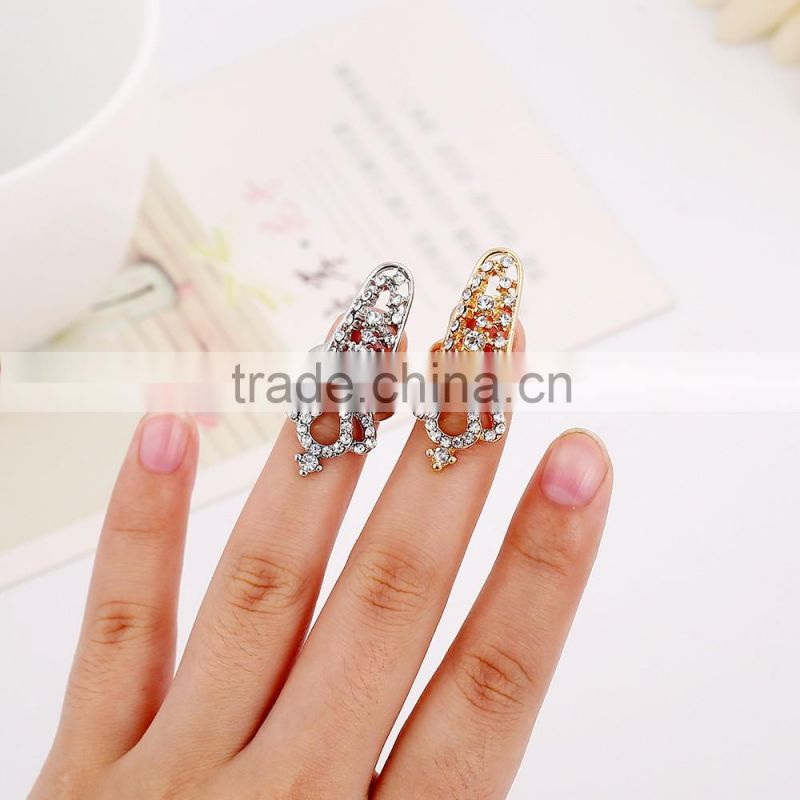 Women new hollow out crown fingernail ring