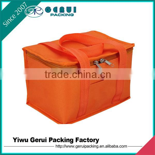 Insulated Type and Cans Use 600D polyester lunch cooler bag
