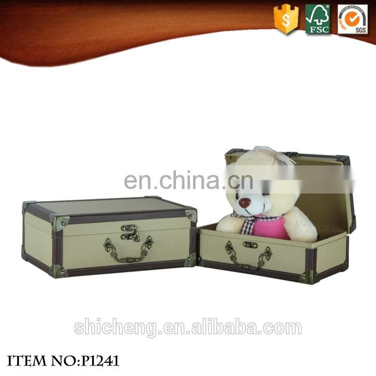 2016 Popular products retro large suitcase with metal lock