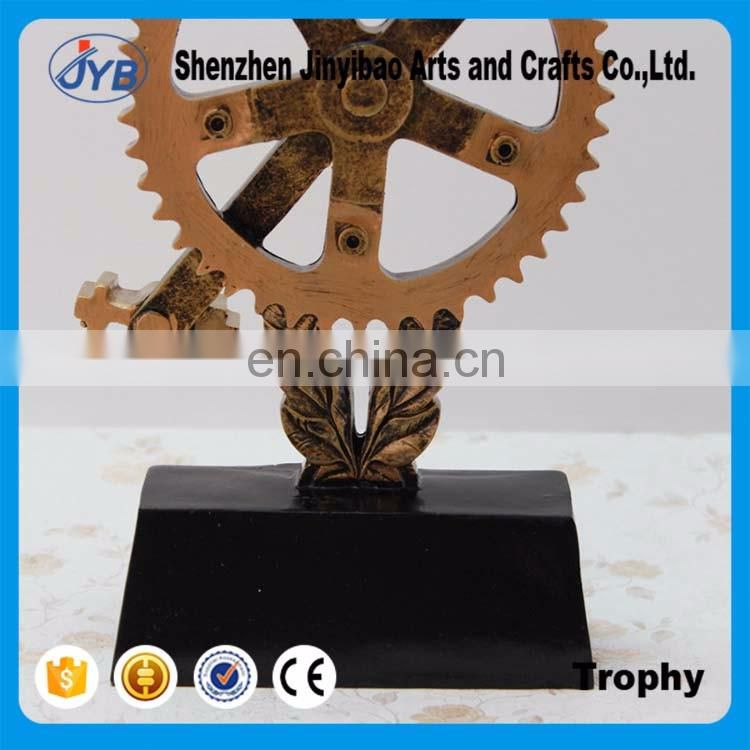 Golden bicycle gear trophy Creative resin decoration Wholesale of Arts and crafts