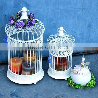 Metal birdcage holder