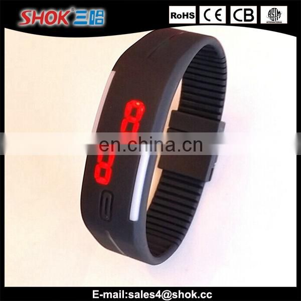 2015 popular fashion LED sport watch for running