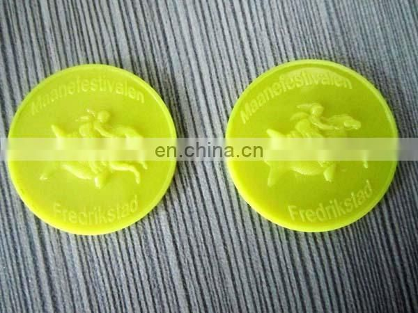 Promotional customized plastic 5 cent token coin factory