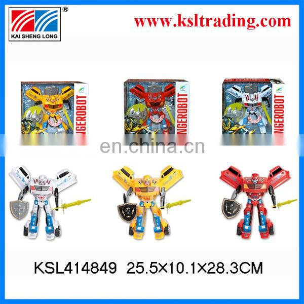 2014 new arrivals deformation robot with light and sound